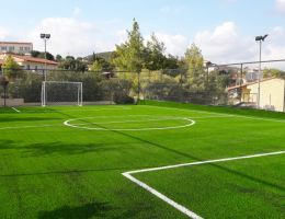 Γήπεδο 5Χ5 στο Λαύριο με συνθετικό χλοοτάπητα