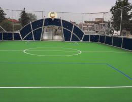 Τάπητας ακρυλικών ρητινών σε γήπεδο πολλαπλών χρήσεων στη Λάρισα