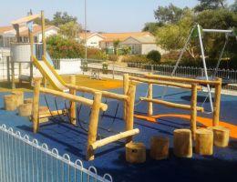 Χυτό δάπεδο ασφαλείας Playtop σε 2η παιδική χαρά στην Κύπρο