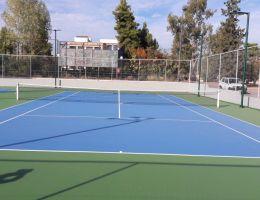 Γήπεδα τέννις με ακρυλικές ρητίνες στο Αθλητικό Κέντρο Παπάγου