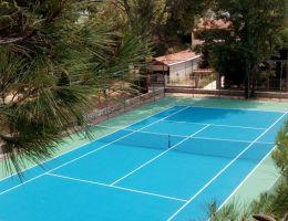Ανακαίνιση γηπέδου τέννις με σύστημα ακρυλικών ρητινών στην Άνοιξη Αττικής